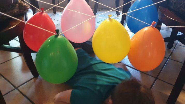 MINIMUKItastischer Kreativblog – LuftballonParcours